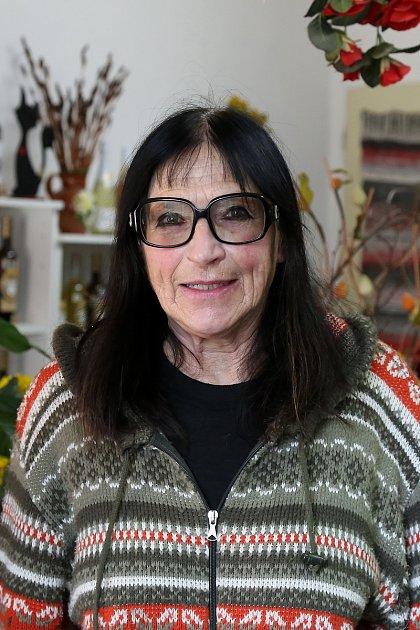 Helena Hrubá, 71let, prodavačka
