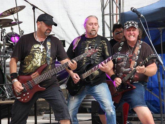 Vigo baví koncerty, kluby i festivaly. Po odehrané sezoně začala kapela pracovat na svém čtvrtém albu, které by chtěla natočit v příštím roce.