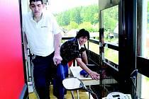 Tomáš Pustina musí na další operaci. Tentokrát jej ale tíží nejistota, zda na něho kvůli lékařům hrozícím hromadným odchodem vůbec přijde na pražské Bulovce řada.