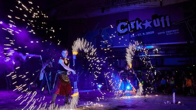 Desátý ročník mezinárodního festivalu Cirk-UFF v Trutnově přinesl skvělou podívanou.