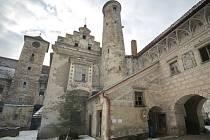 Zámek v Červené Řečici je pozoruhodný hlavně tím, že patří mezi renesanční zámky pevnostního typu.