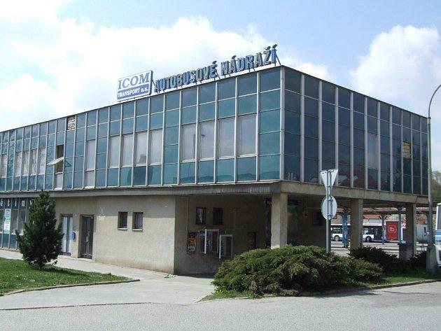 Hala pelhřimovského autobusového nádraží