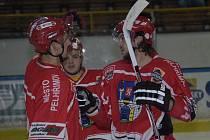 Michal Roháčik (vpravo) nastoupil se sebezapřením, přesto podal velmi dobrý výkon. Ten podložil gólem na 2:0