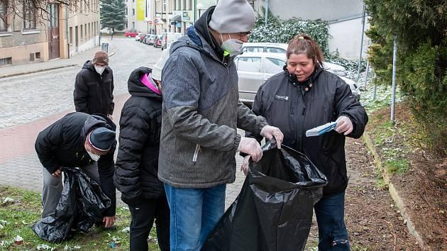 Do akce Čistá Vysočina se zapojili také klienti Domova Jeřabina Pelhřimov
