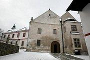 """Žirovnický zámek láká v posledních letech čím dál víc návštěvníků. Přes zimu odpočívá a nabírá potřebné """"síly"""" na další turistickou sezonu."""
