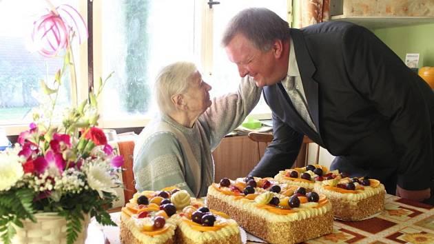Marie Matoušková oslavila 108. narozeniny.