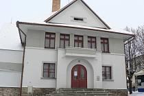 Sokolovna v Pacově se letos dočká dalších nutných oprav.
