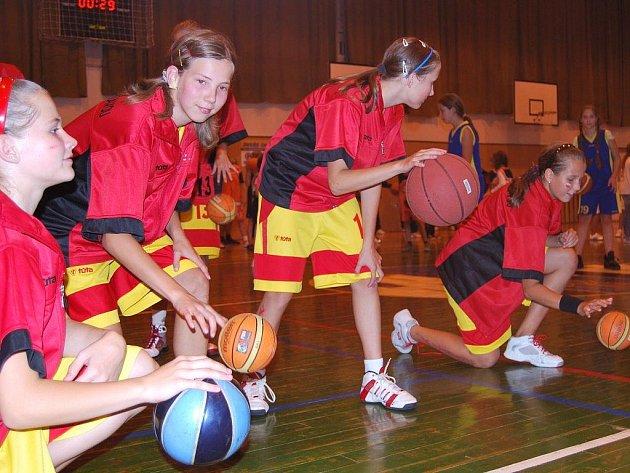 Mladé basketbalistky se postaraly o rekordní zápis.