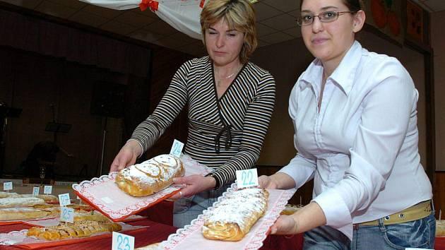 . Na tomto soutěžním kuchařském klání mohou lidé ve Štítném předvést své pekařské umění. Akce začíná v sobotu  ve 14 hodin