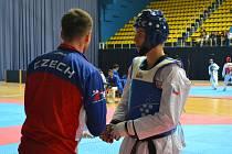 Jednu ze tří medailí vybojoval Jiří Šťastný. Skvěle se popasoval s přechodem do vyšší váhové kategorie.