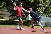Národní házenkáři humpolecké Jiskry jsou po dvou porážkách doma ve druhé lize předposlední.