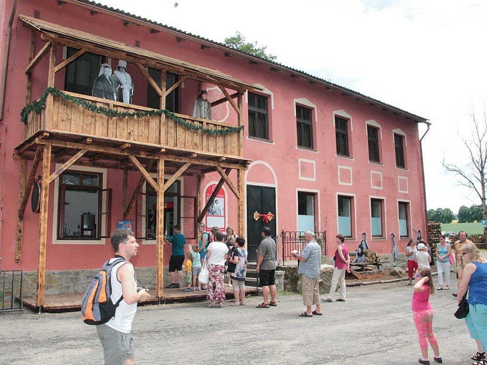 V Počátkách otevřelo Muzeum Popelka.