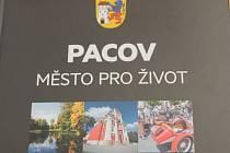 Kniha, Pacov město pro život,  vyšla v nákladu 500 kusů.