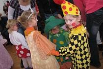 Dětský karneval v počátecké Sokolovně.