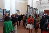 Výstavu O stromech i kraji navštívilo několik set zájemců. Ta potrvá až do neděle 13. srpna.
