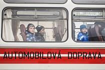 Od 1. září budou jezdit senioři nad sedmdesát let a skupiny dětí do patnácti let městskou hromadnou dopravou v Pelhřimově zdarma.