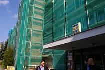 Rozsáhlé stavební práce běží v sídle pelhřimovské policie.