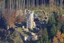 Vizualizace znázorňuje, jak by se věž podle návrhu architekta Martina Fraňka proměnila.
