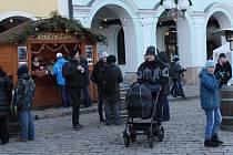 Silvestrovskou oslavu na náměstí oživila kapela PAM.