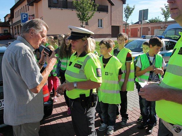 V rámci pelhřimovského Evropského týdne mobility se ve čtvrtek před Music Sauna Barem v ulici Arch. Janáka uskutečnila výjimečná dopravněbezpečnostní akce.