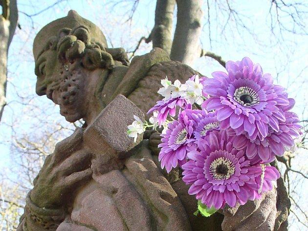 Pískovcové sochy potřebují údržbu