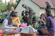 Desítky lidí posnídaly v sobotu v Pelhřimově a v Humpolci takzvaně férově.