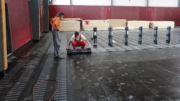 Tělocvična na Osvobození se opravuje.