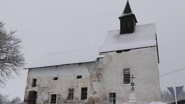 V rámci zachování a obnovy kulturních památek počítá rozpočet města i s prostředky na opravu kostela v Dobešově.