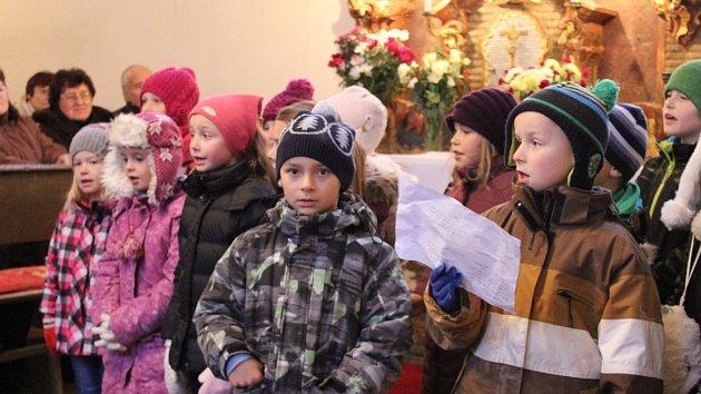 Adventní koncert v kostele svatého Mikuláše v Častrově.