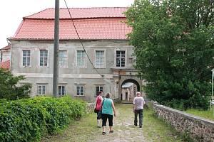 Zámek Červená Řečice.