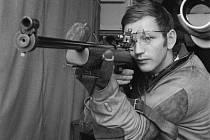 Přestože měl pět dioptrií, vybojoval pelhřimovský rodák Jan Kůrka v roce 1968 v Mexiku olympijské zlato ve sportovní střelbě. Dodnes se aktivně i jako funkcionář věnuje sportu.
