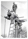 Ze začátku patřil lyžařský vlek na Antonce městu Kamenice nad Lipou. To však nejspíš po roce 1989 lyžařský vlek převedlo do vlastnictví Tělovýchovné jednoty Slovan Kamenice nad Lipou, která vlek provozuje do dnes.