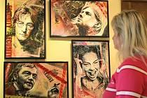V pelhřimovské Galerii M vystavuje až do konce května slovenský výtvarník Peter Urbánek.