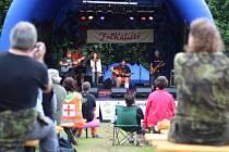 V Kališti u Humpolce s létem country program nekončí. Na hudební festival FolKaliště (na snímku) navazují na podzim jeho Ozvěny.