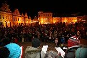 Koledy zněly i v Pelhřimově na Masarykově náměstí.