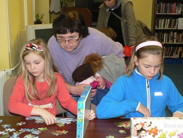 V pelhřimovské knihovně se konal dětský turnaj ve stolních hrách a ve skládání puzzle.