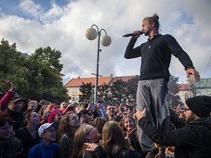 Koncert Tomáše Kluse na Bernard festu 2018.