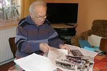 V domě Lhotových uschovávají i všechna vydání měsíčníku Z mého kraje od dubna 2007. Lhotovi vlastní i spoustu historických fotografií.