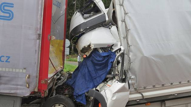 Středeční tragická nehoda na dálnici D1.