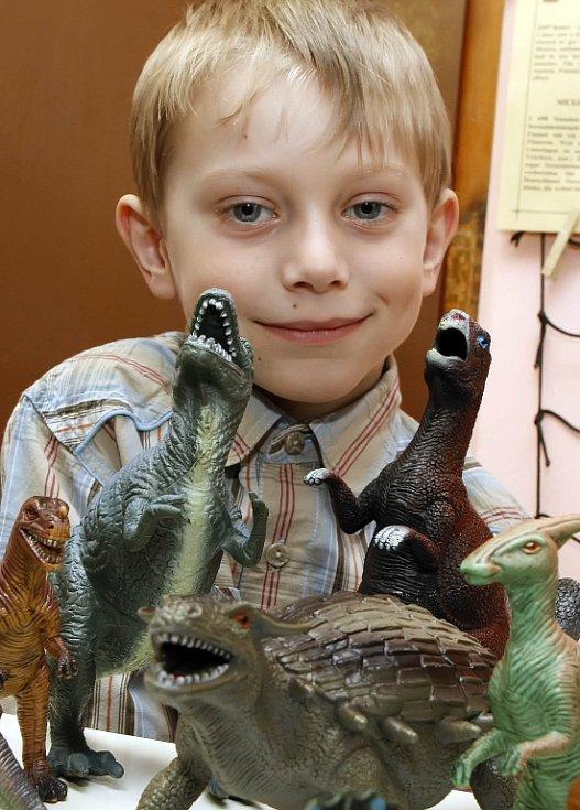 Málokdo se vyzná v pravěkých příšerách tak, jako pětiletý Petr Špringer.