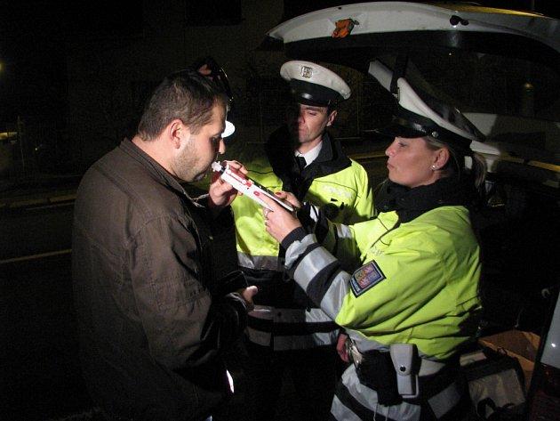 Policisté zkontrolovali 314 vozidel a zjistili dvacet dva dopravních přestupků.