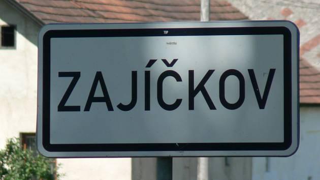V Zajičkově si vyšel na nebezpečnou procházku dvouletý chlapec. Dobrodružství mělo naštěstí dobrý konec.