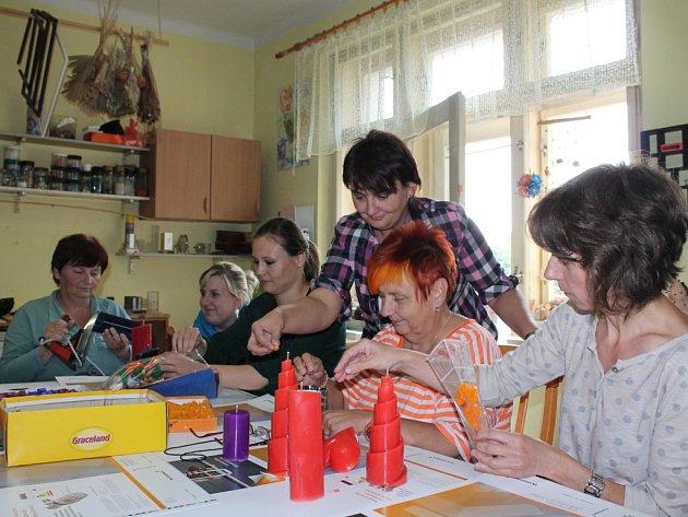Dnem otevřených dveří ve Fokusu Vysočina v Humpolecké ulici v Pelhřimově ve čtvrtek pokračovaly Týdny pro duševní zdraví.