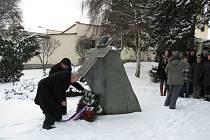 Položení věnců k pomníku Františka Bernarda Vaňka