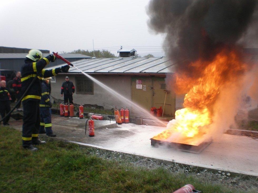 Pivovar Kamenice nad Lipou a Nadační fond REGI Base I. se snaží na zraněného hasiče Radka Chmelaře vybrat peníze.
