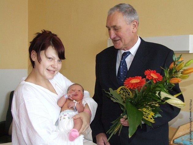 První miminko města Pelhřimova v roce 2008