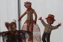 V pelhřimovském Muzeu Vysočiny v pátek začala výstava Cechu českomoravských uměleckých dráteníků.
