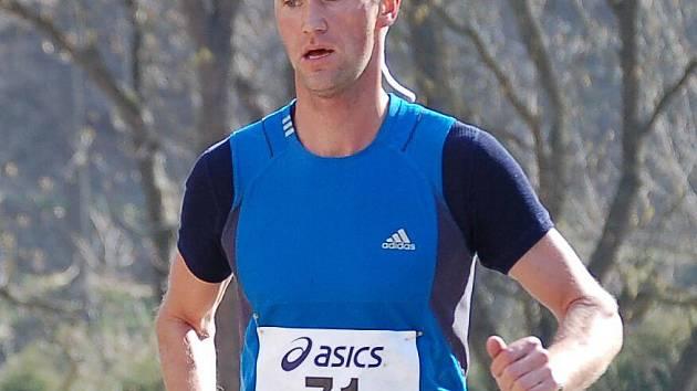 Vytrvalec z Vlašimi Rudolf Jánošík (na snímku) na více než desetikilometrové trati neměl konkurenci.