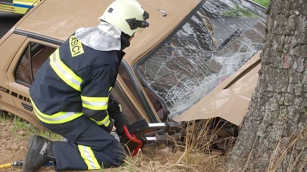 Dopravní nehoda u Leskovice.