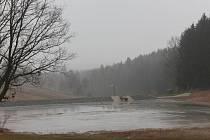 Od loňského roku se Pacovští mohou pochlubit dalším úspěšně dokončeným projektem. Podařilo se jim totiž vybudovat novou vodní nádrž v místě původního zaniklého rybníka.